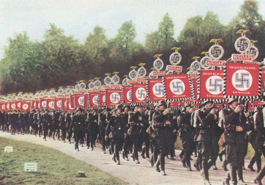 nazis1desfile